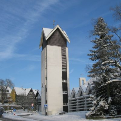 Vilkerath Winter Kirche